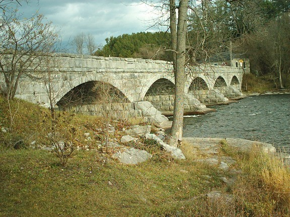 Pakenham Five Arch Bridge