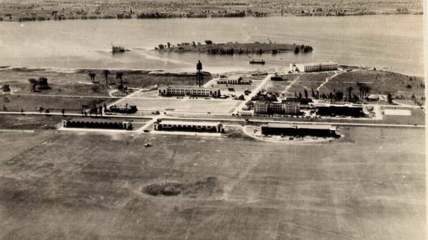 Early photo of Trenton Air Base