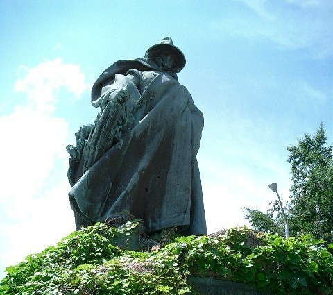 Statue of the Witch of Plum Hollow