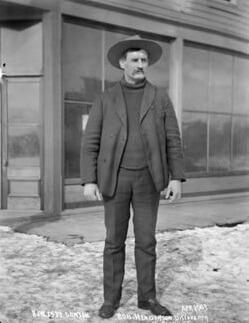 Robert Henderson klondike gold rush