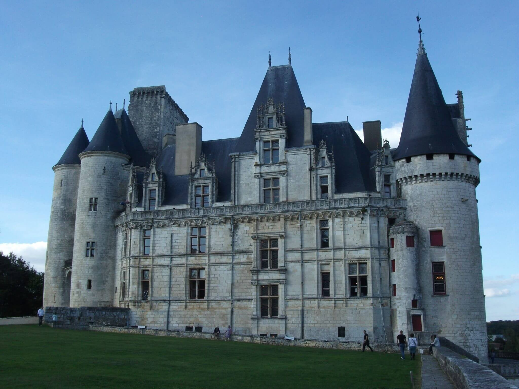 chateau de la chapelle belgium. The Curse Of Oak Island- Season 5, Episode 9: French Connection - Canada History And Mysteries Chateau De La Chapelle Belgium