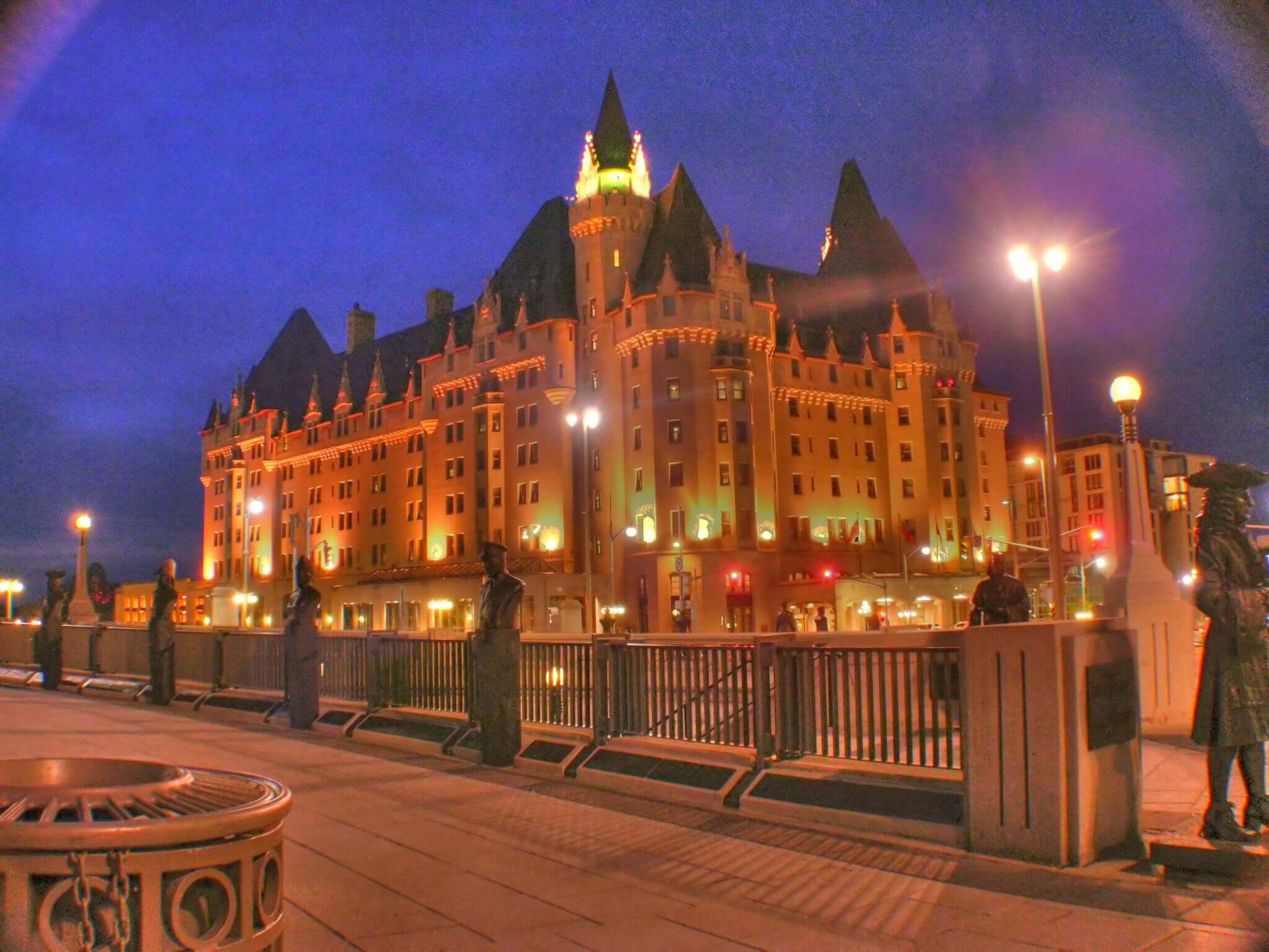 Haunted Hotels in Ontario